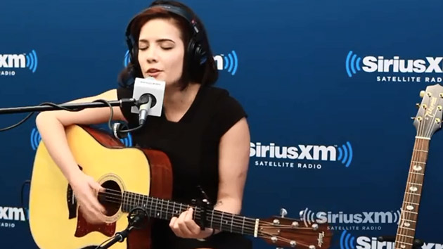 Watch Halsey perform Ghost on Hits 1 |