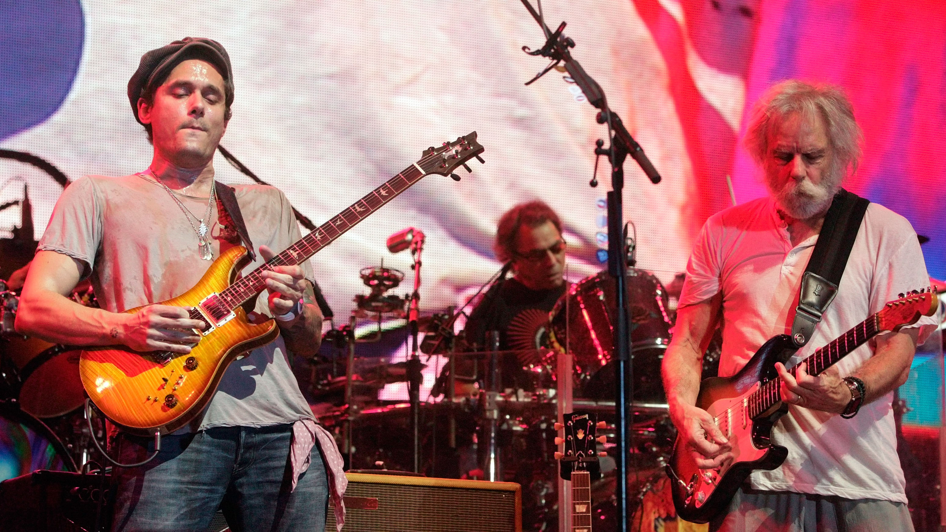 john mayer takes the bill murray approach to touring with dead co. Black Bedroom Furniture Sets. Home Design Ideas