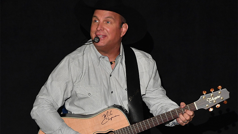 Relive Garth Brooks' concert at the Ryman in honor of the 5th anniversary of his channel